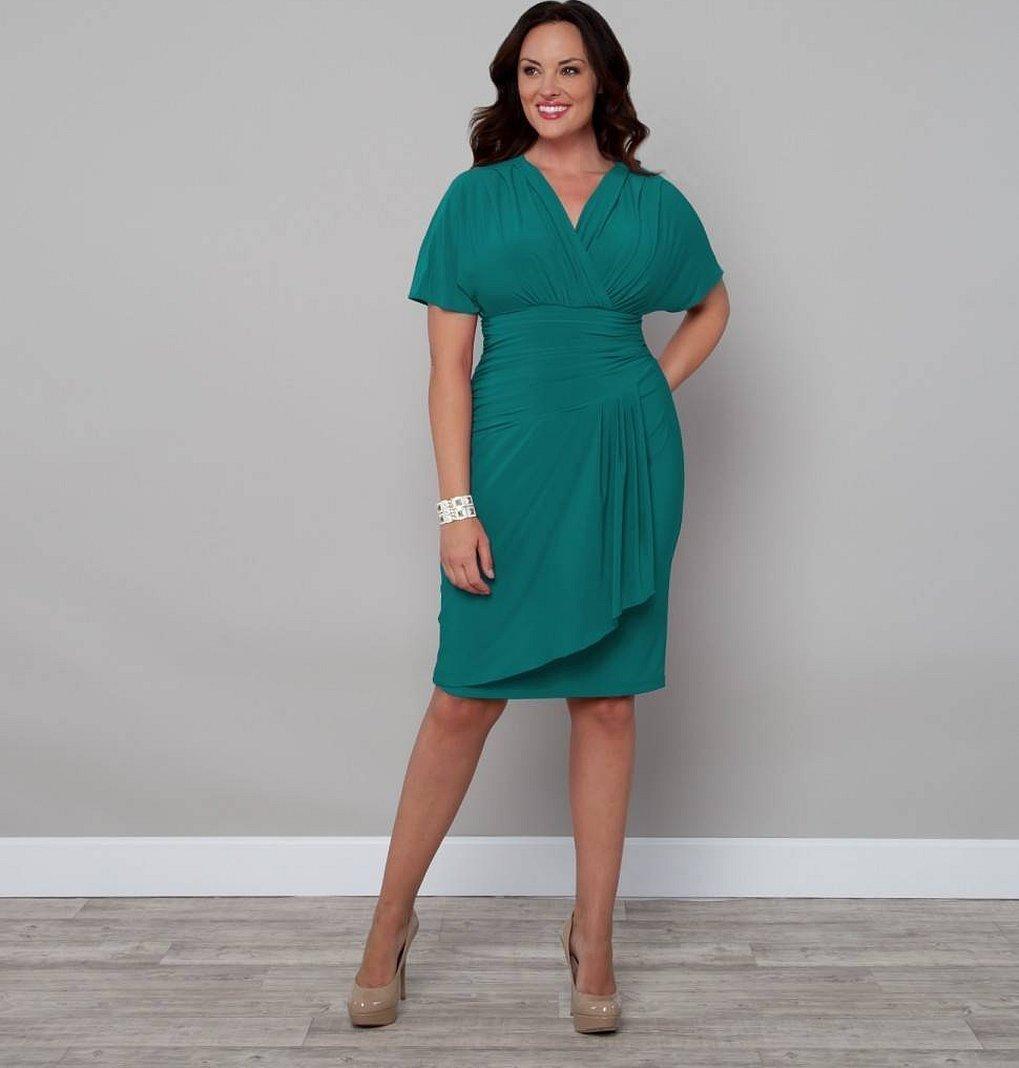Модели платьев с запахом для полных