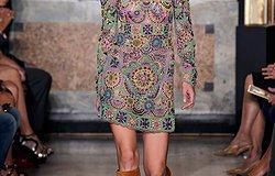 Фасоны и модели платьев прямого кроя