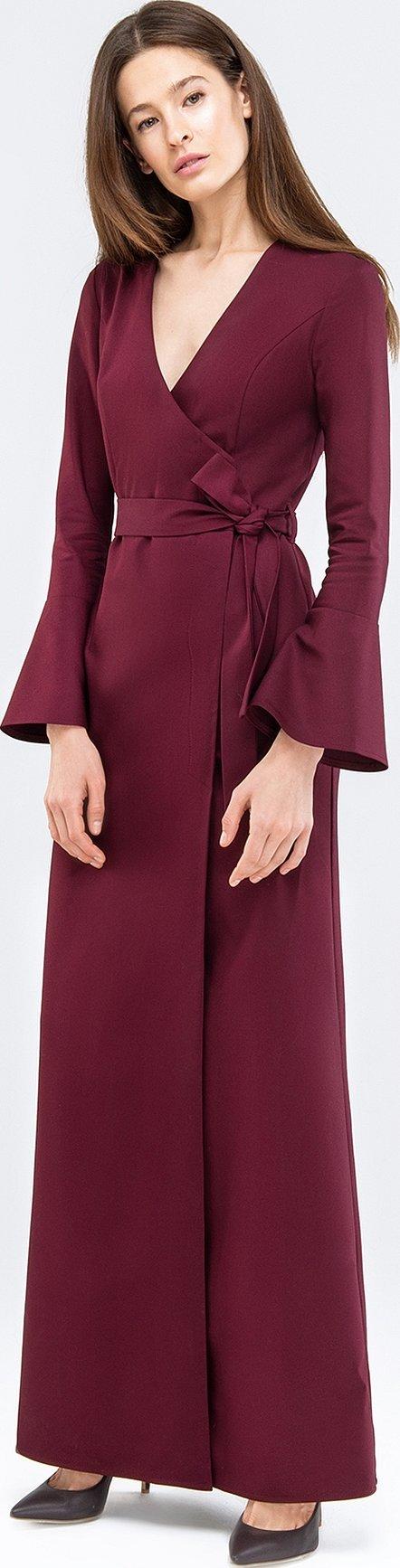 Бордовое платье макси с рукавами