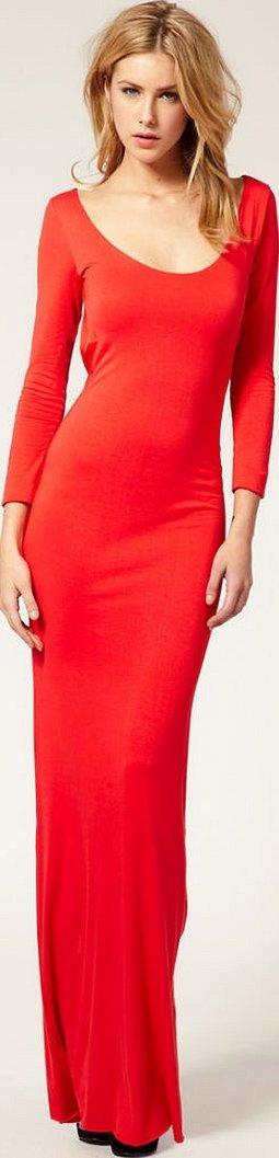 Красное длинное платье с разрезом