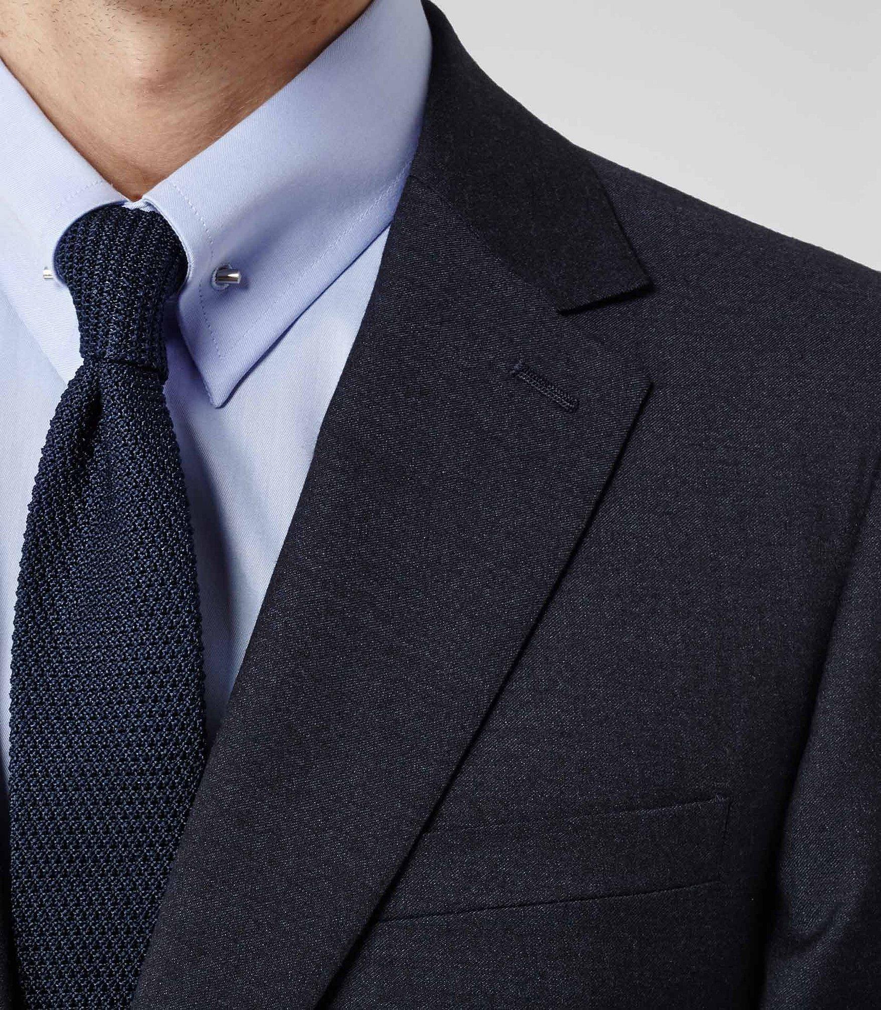 Воротник с галстуком