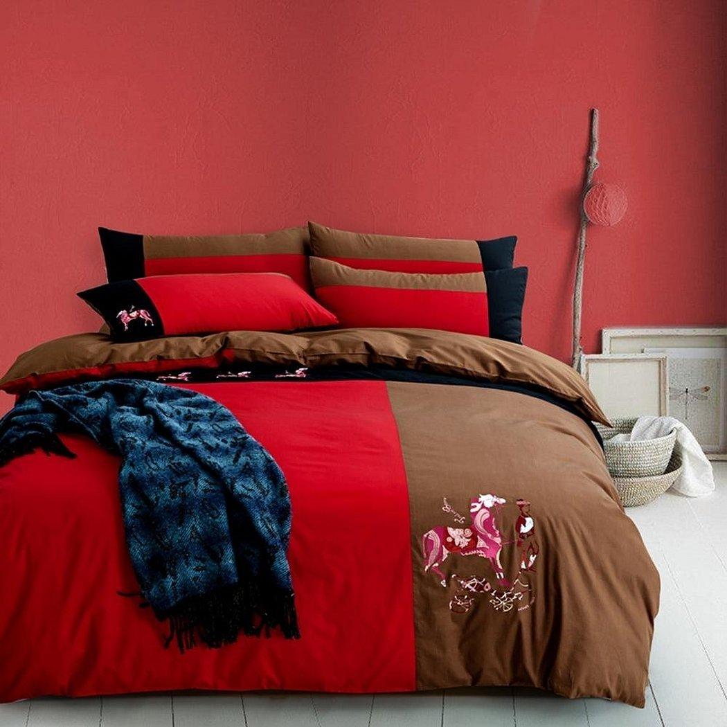 Однотонное красное постельное белье