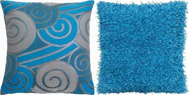 Подушка декоративная длинный ворс синий