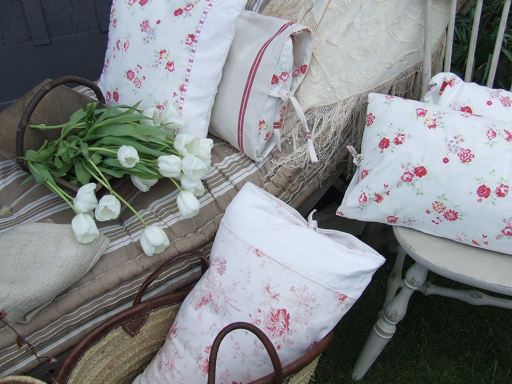 Декоративные подушки в стиле прованс шик