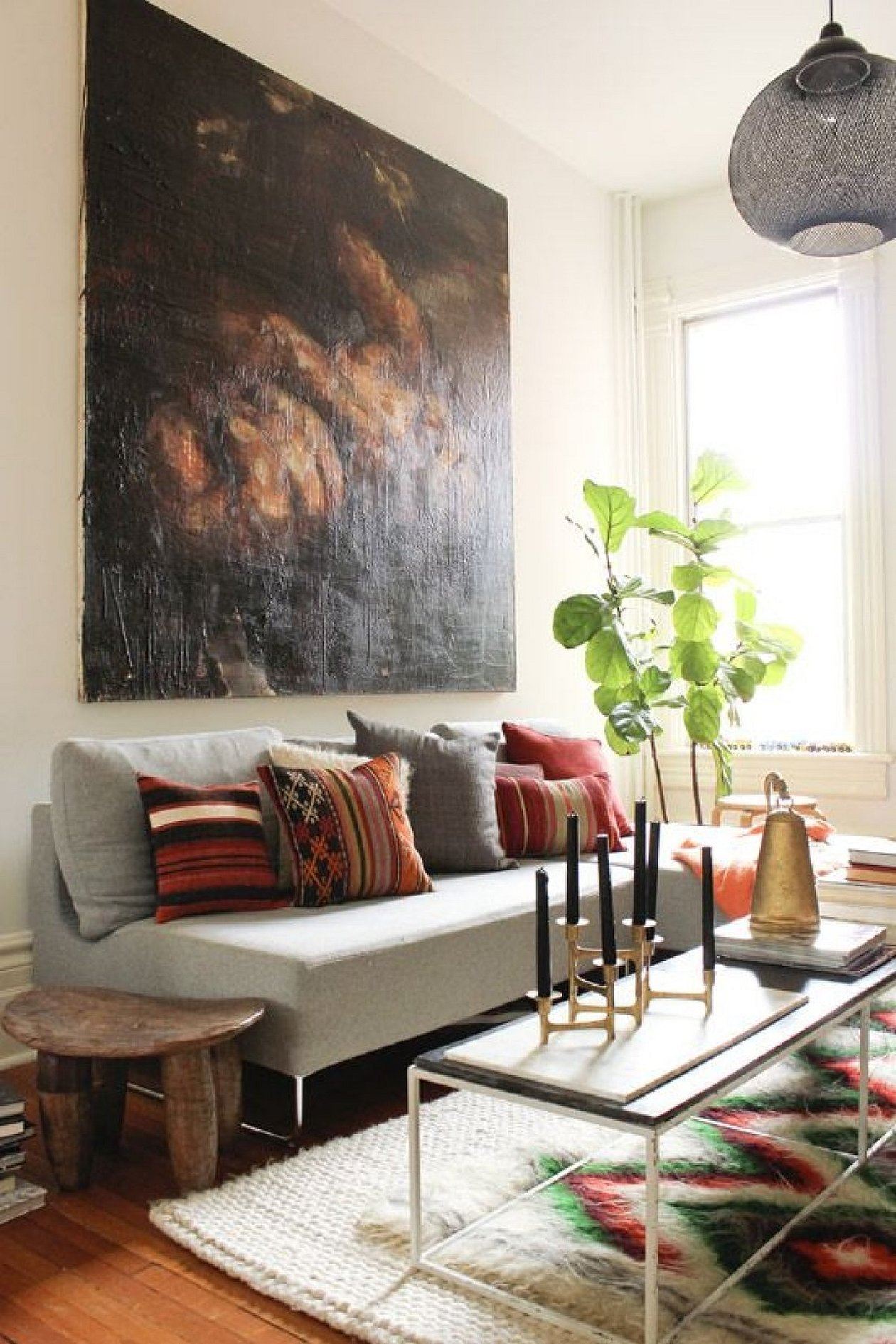 Картины и постеры в интерьере гостиной
