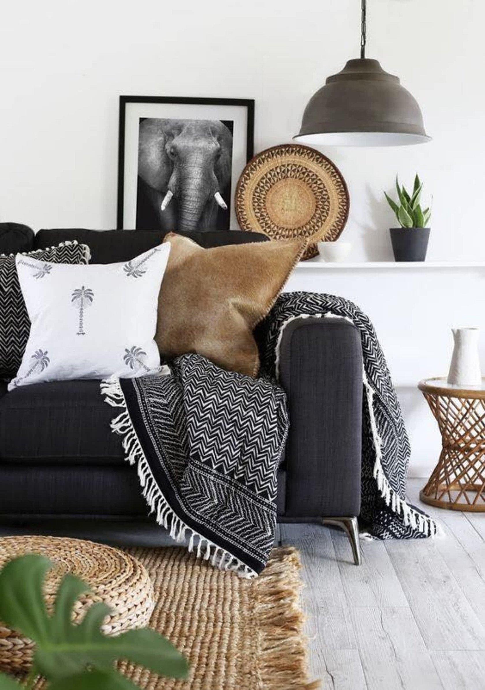 Подушки декоративные на диваны в скандинавском стиле