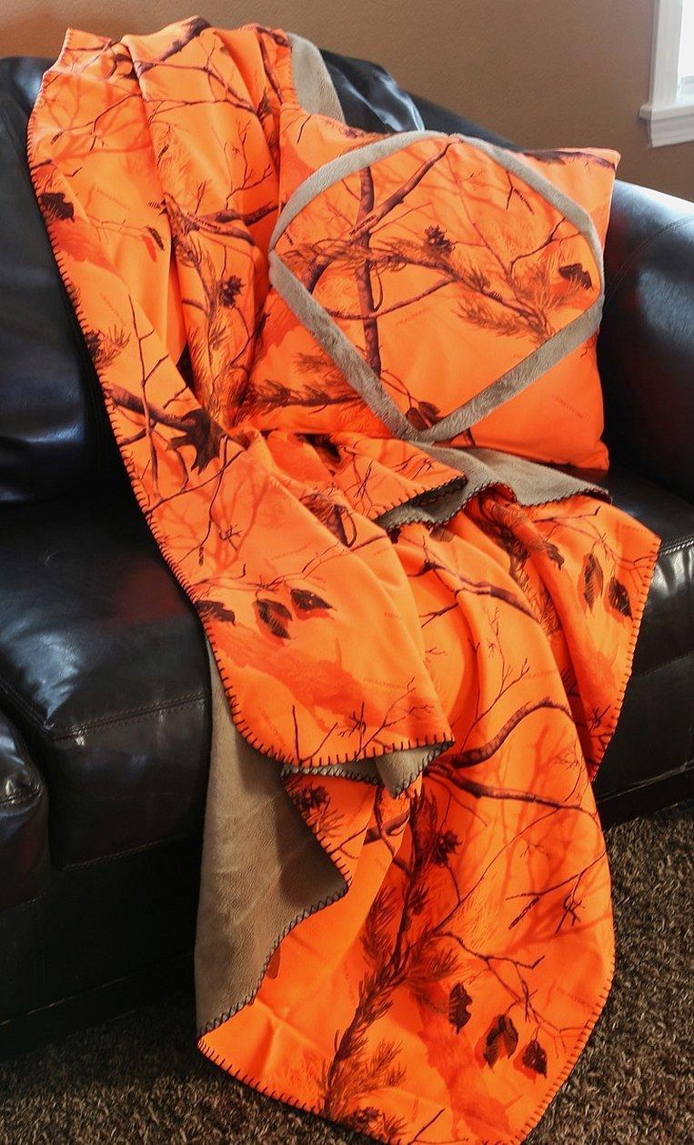 Оранжевый плед обычное