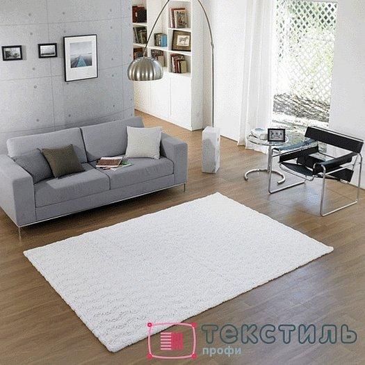 Белый ковер в интерьере