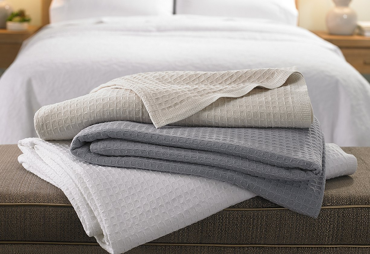 Bedroom and towels