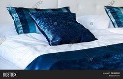 Шелковое постельное белье: советы по выбору, достоинства и недостатки