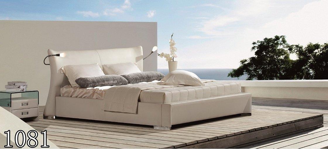 Современные кровати двуспальные с мягким изголовьем