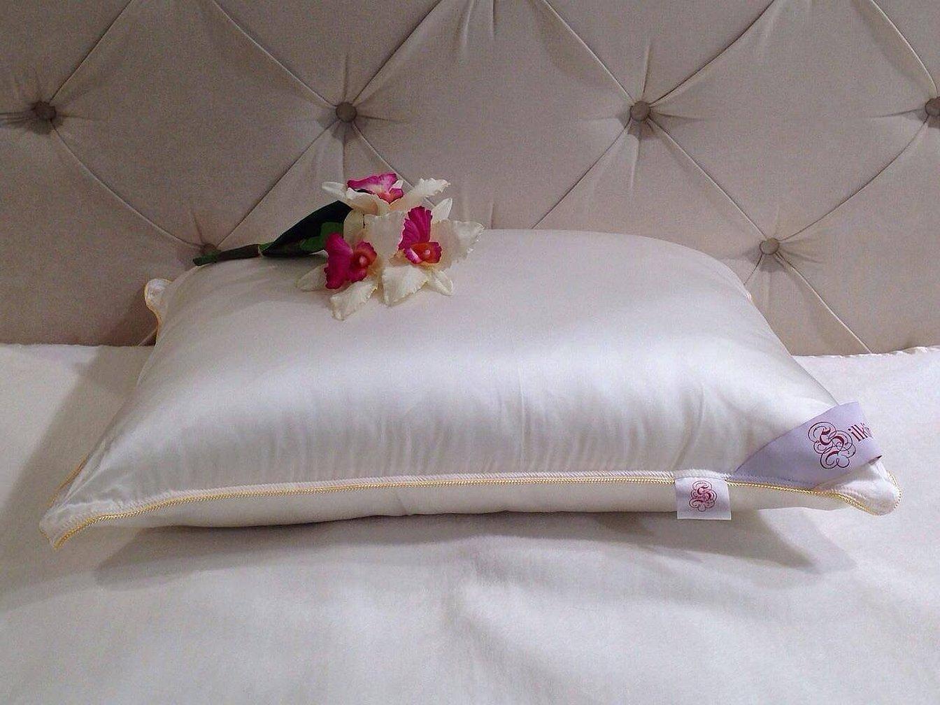 Подушка для сна с розами