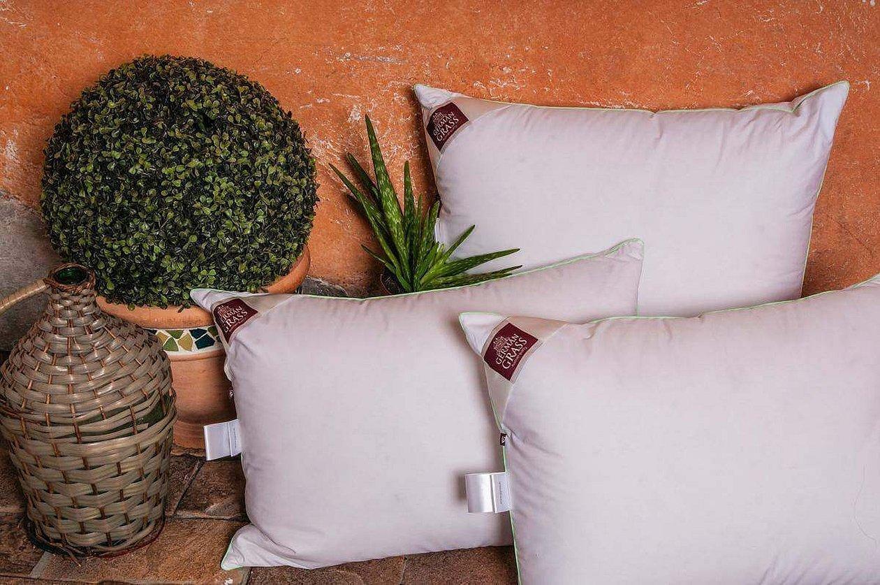 Подушка из зелени для