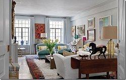 Сочетание нескольких ковров в одной комнате: как следовать тренду
