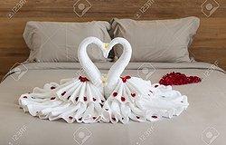 Как красиво сложить полотенце: лебедь, мишка и роза