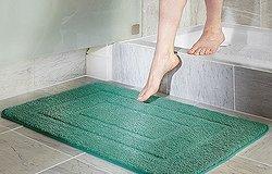 Виды материалов для коврика в ванную: как сделать правильный выбор?