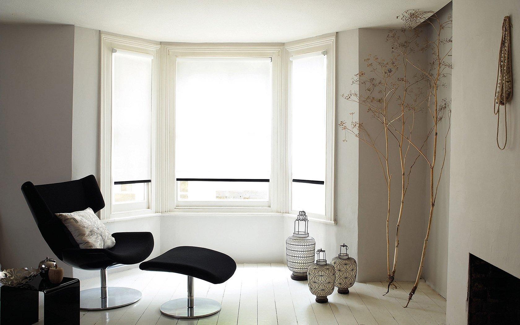 Интерьер зал окно без штор