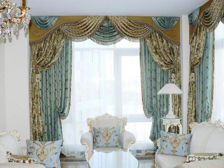 Шторы для зала в классическом стиле голубой