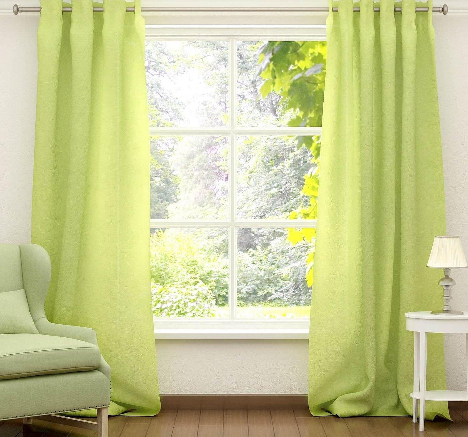 Зеленые шторы из льна в интерьере