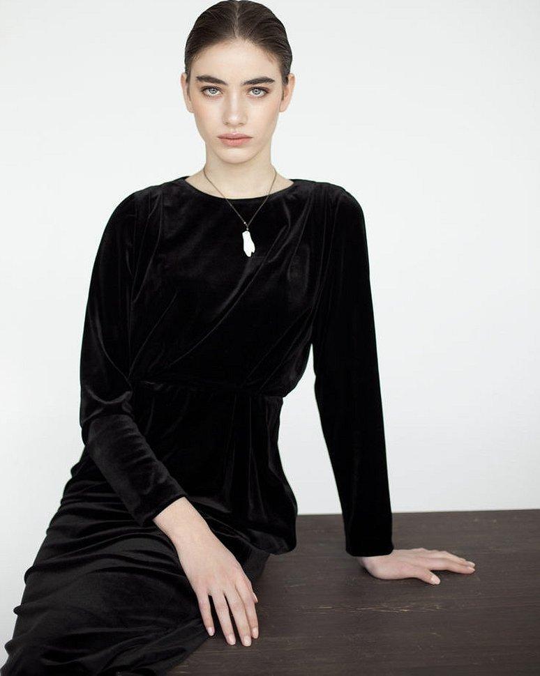 Zara изумрудное бархатное платье