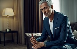 Как выглядят мужчины, для которых 50 - всего лишь цифра в паспорте: образы и стиль