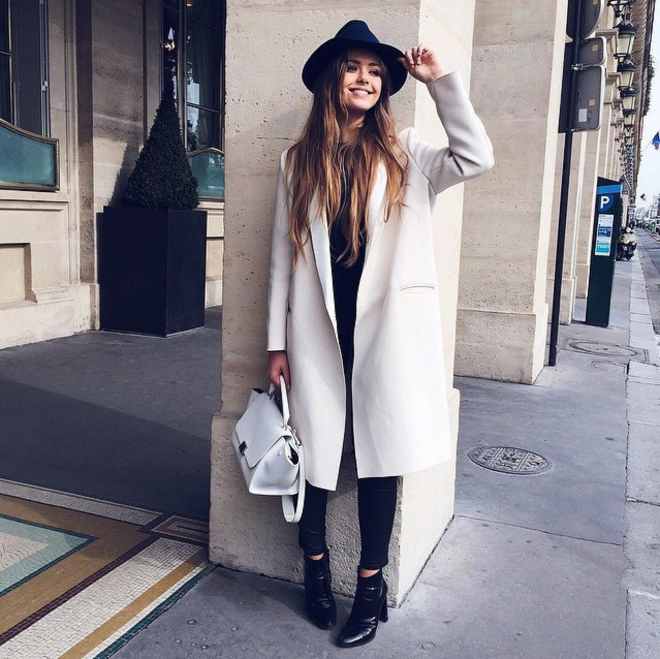 Длинное пальто со шляпой