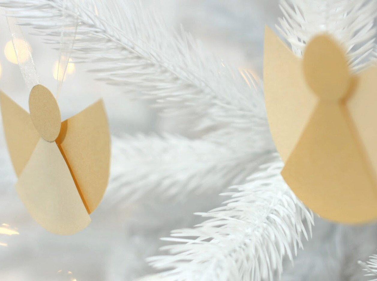 Игрушка на елку ангел из бумаги