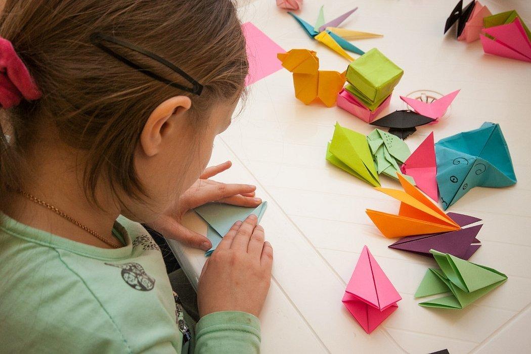 Оригами детское из большой бумаги