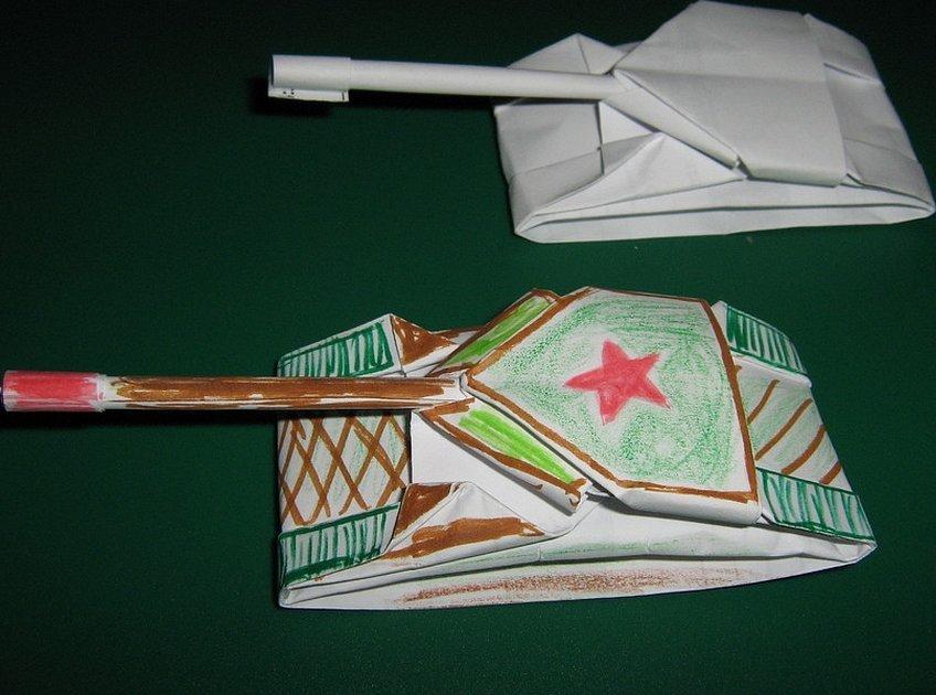 Оригами танк из картона