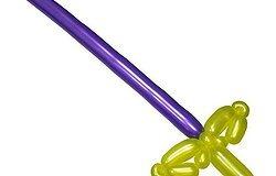 Как сделать из длинного шарика игрушечный меч?