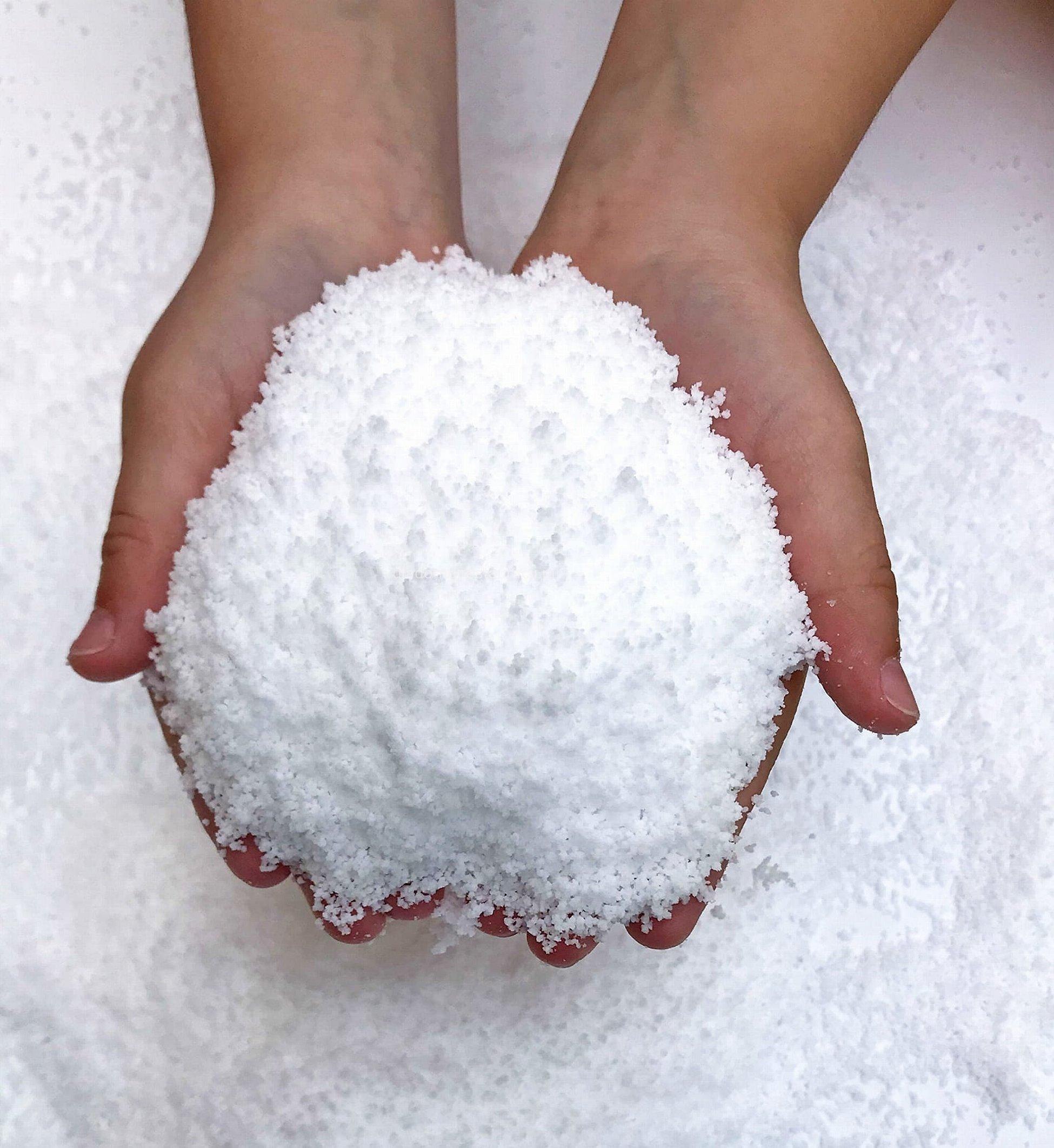 Искусственный снег для слаймов