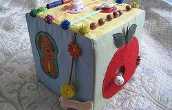 Развивающий кубик для детей из фетра своими руками: мастер класс с описанием