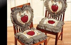 Как сшить сидушки на стулья своими руками?