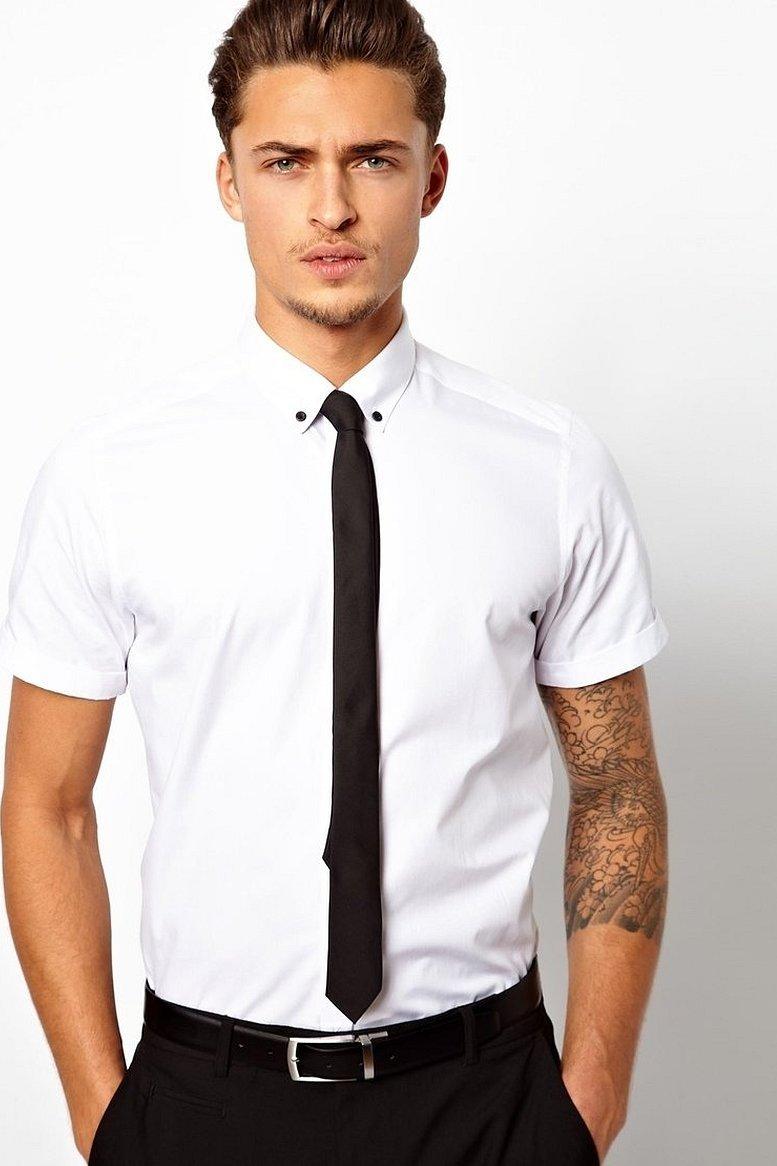 Рубашка с коротким рукавом и галстук
