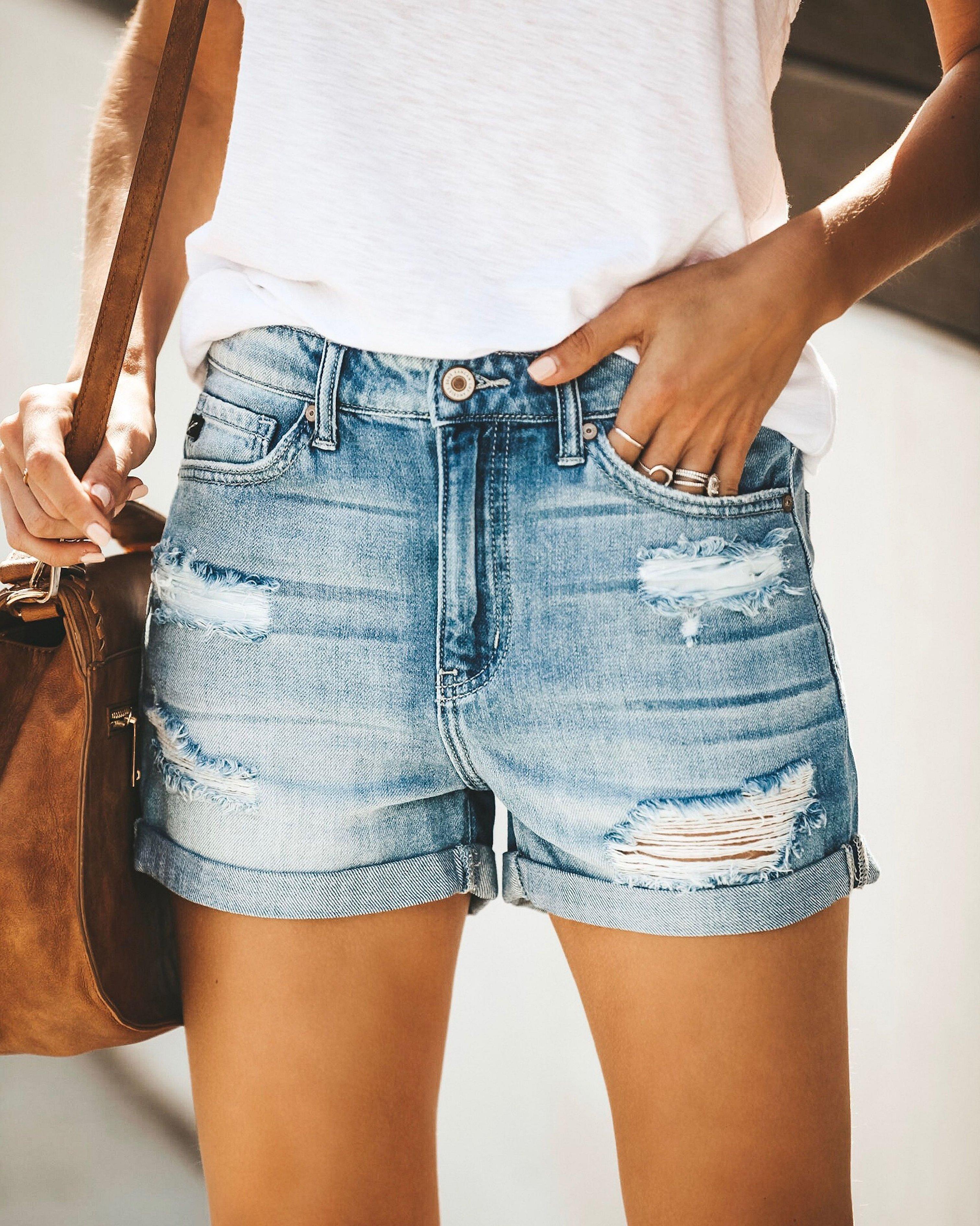 Сексуальные джинсовые шорты