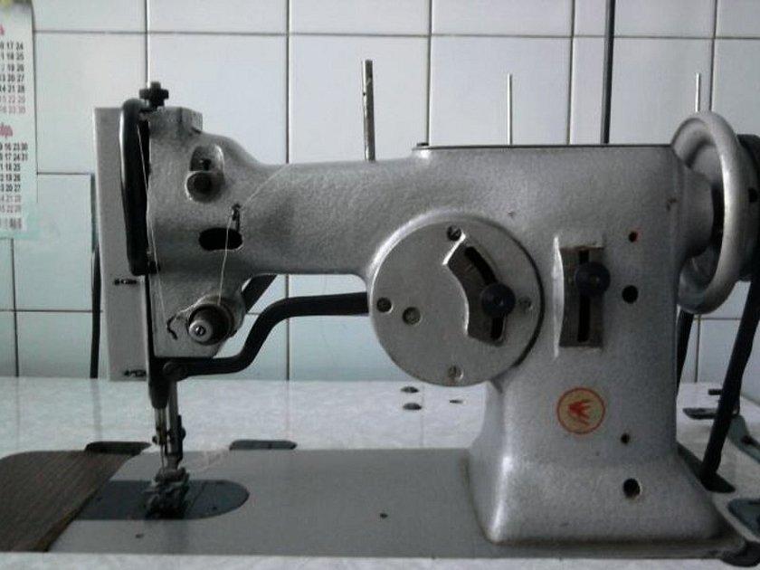 Промышленные швейные машинки зигзаг пмз