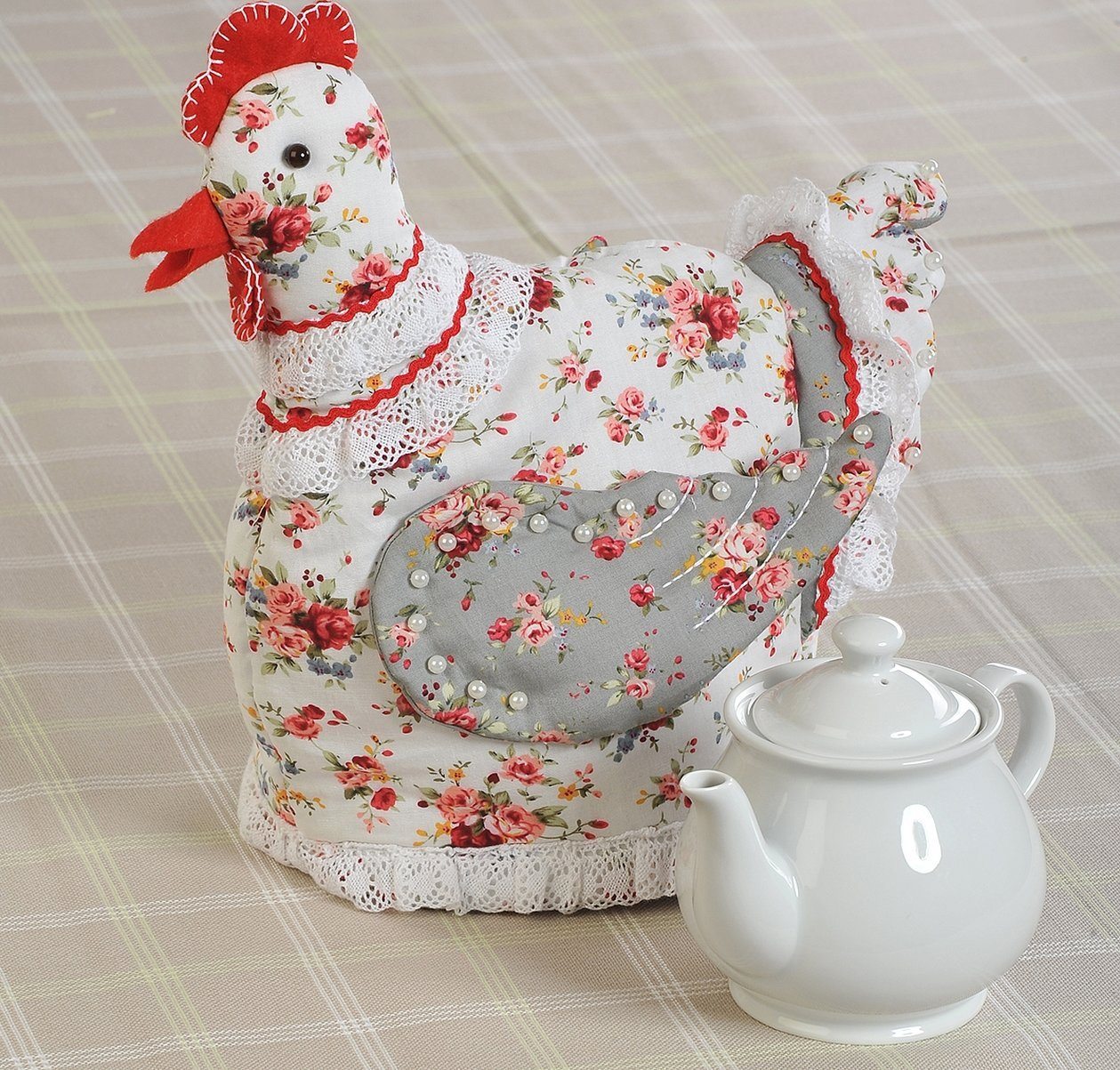 Текстильная грелка на чайник курица