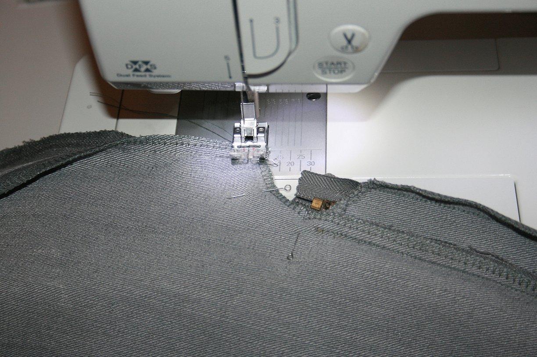 Лапка для окантовки косой бейкой на трикотажных изделиях