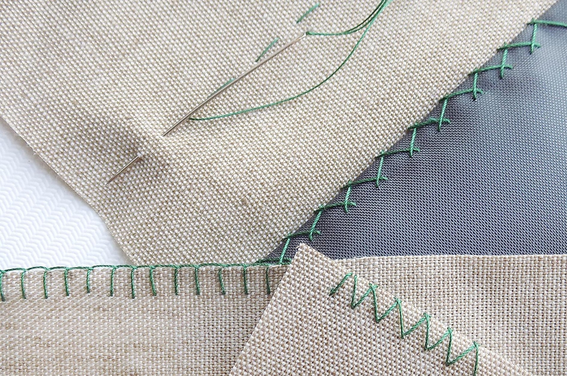 Шов для сшивания двух тканей