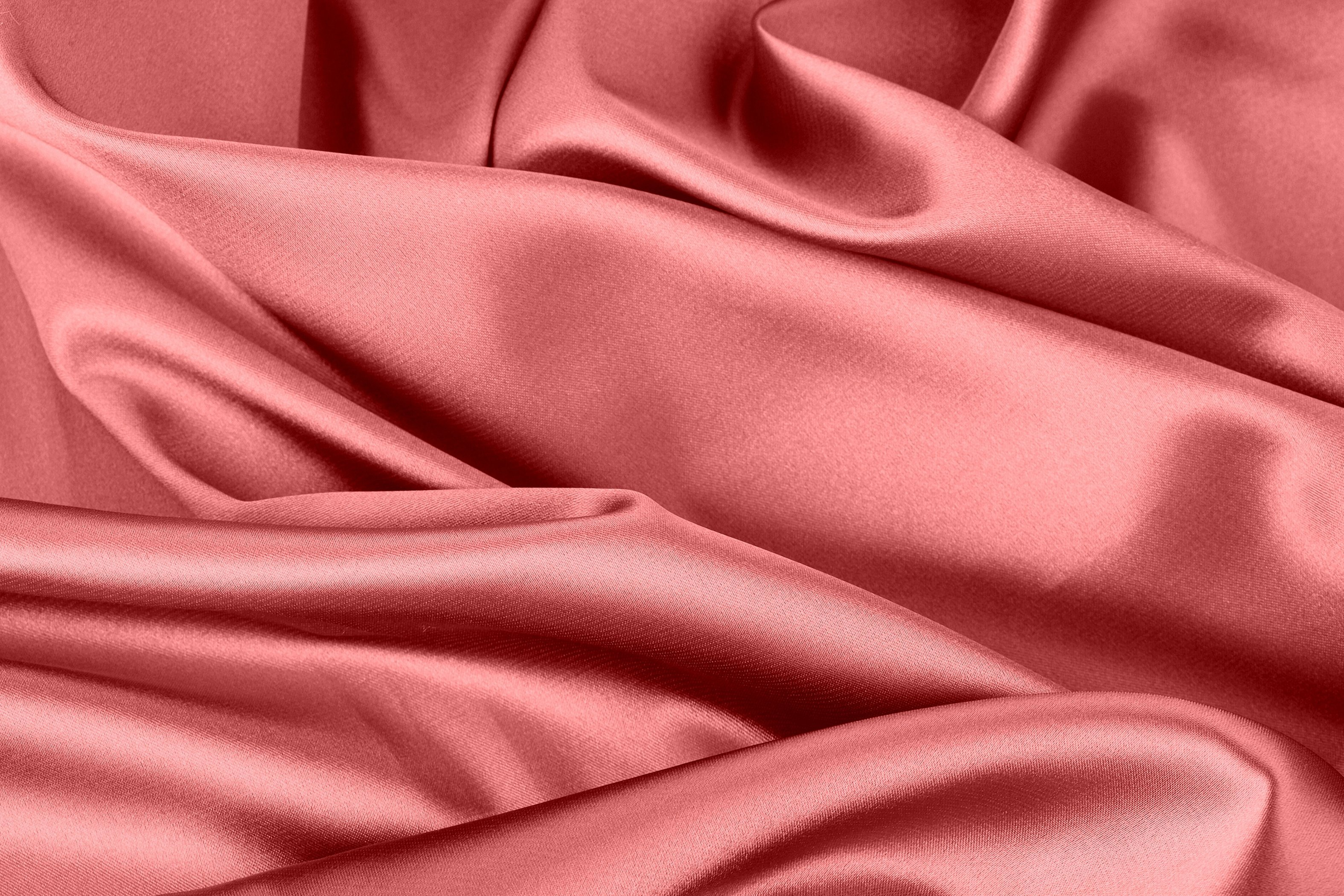 Фиолетовый атлас ткань