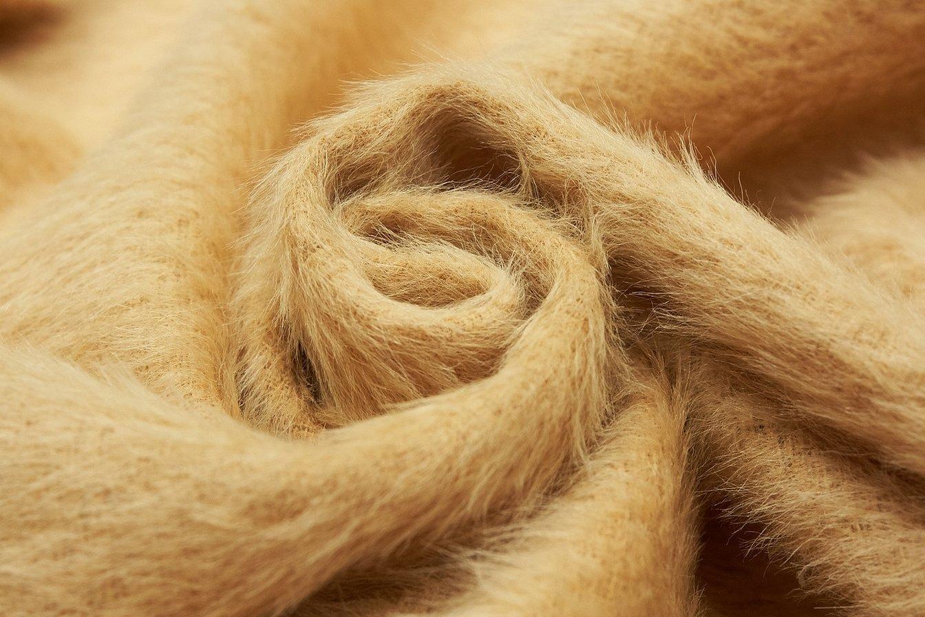 Бежевая пальтовая ткань с ворсом