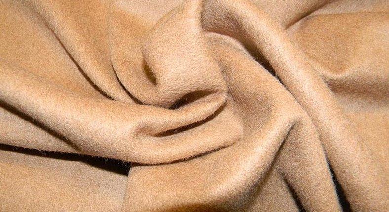 Бежевая ткань пальтовая ткань