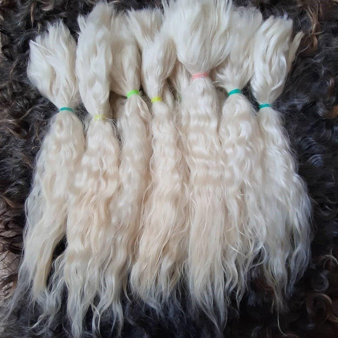 Козья шерсть для волос