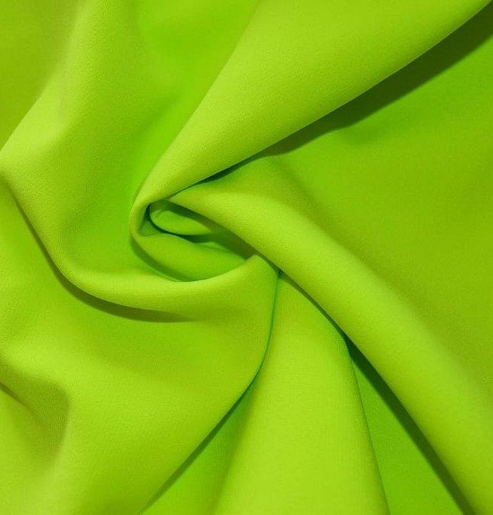 Плательная ткань салатового цвета