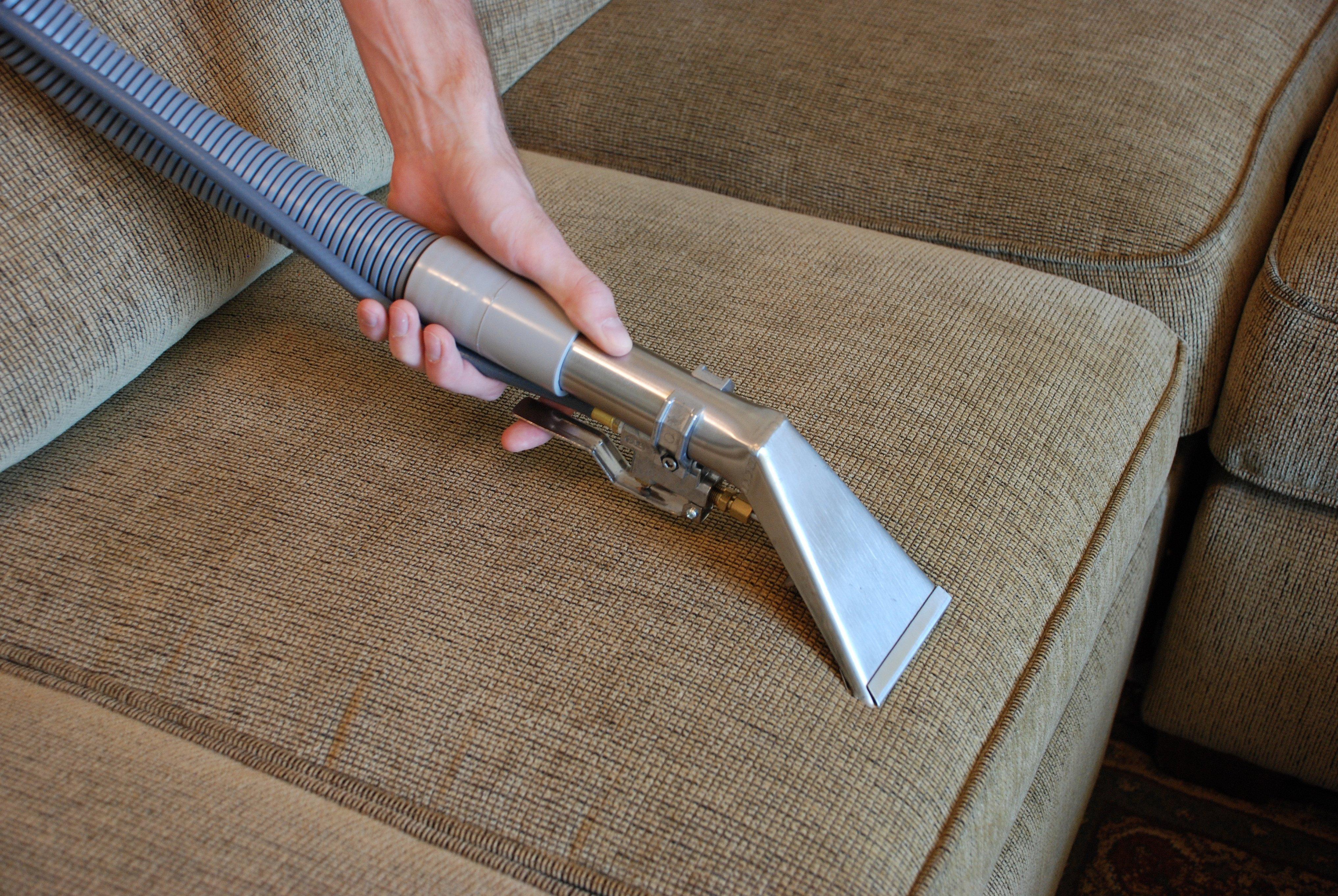 Ракета химчистка мебели