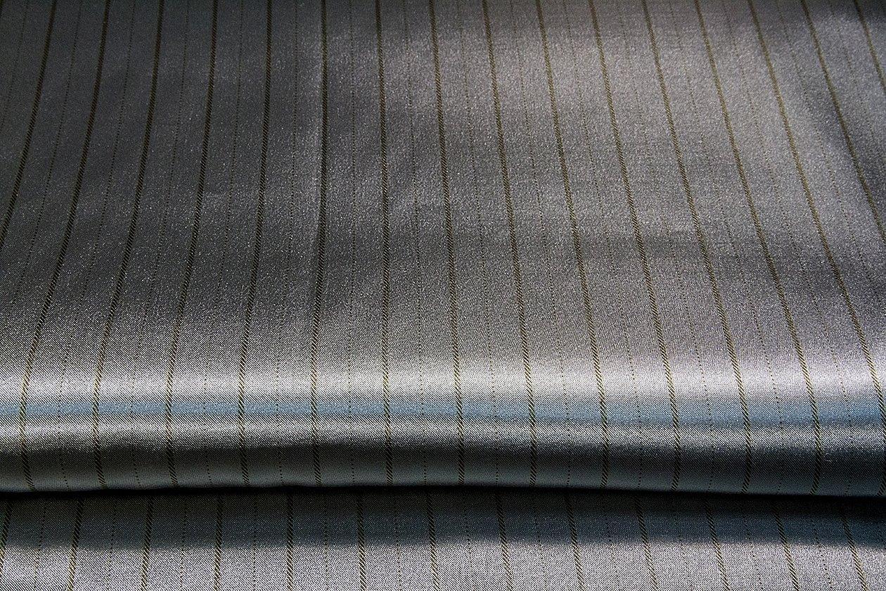 Ткань для постельного серая в полоску