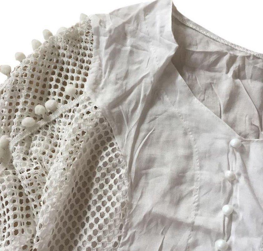 Декор белой рубашки сеткой