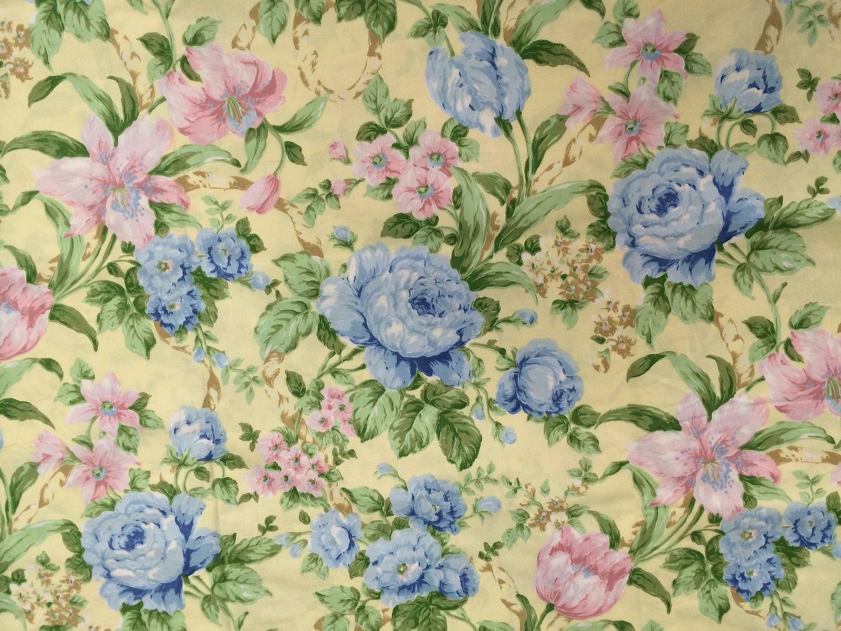 Ткани с цветочным рисунком голубые