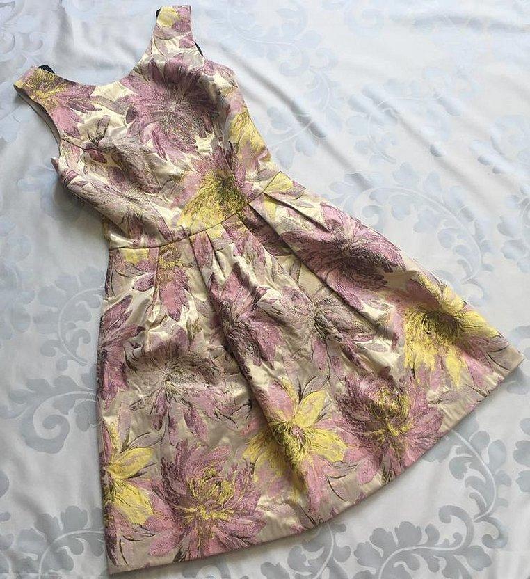 Платья из натурального шелка