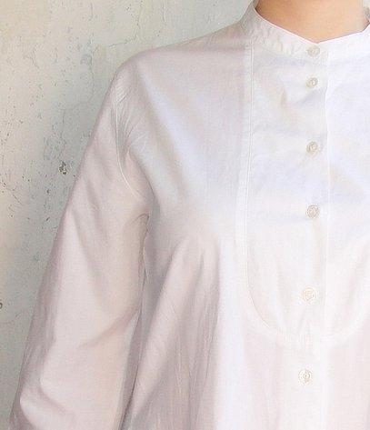 Белая рубашка женская свободного кроя